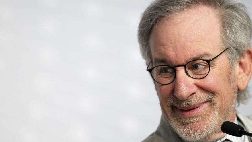 """Spielberg conduce los """"Viajes a través del Holocausto"""" en las Naciones Unidas"""