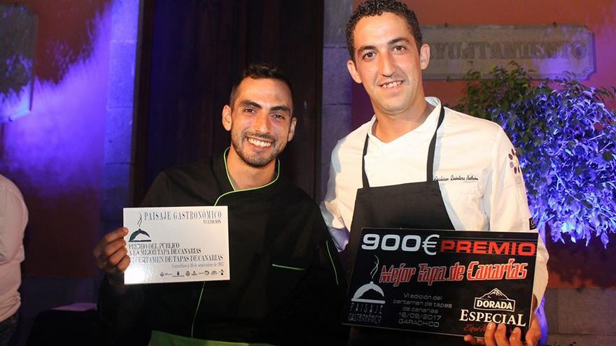Heriberto Carreño y Arabisén Quintero (derecha), los dos premiados en Garachico