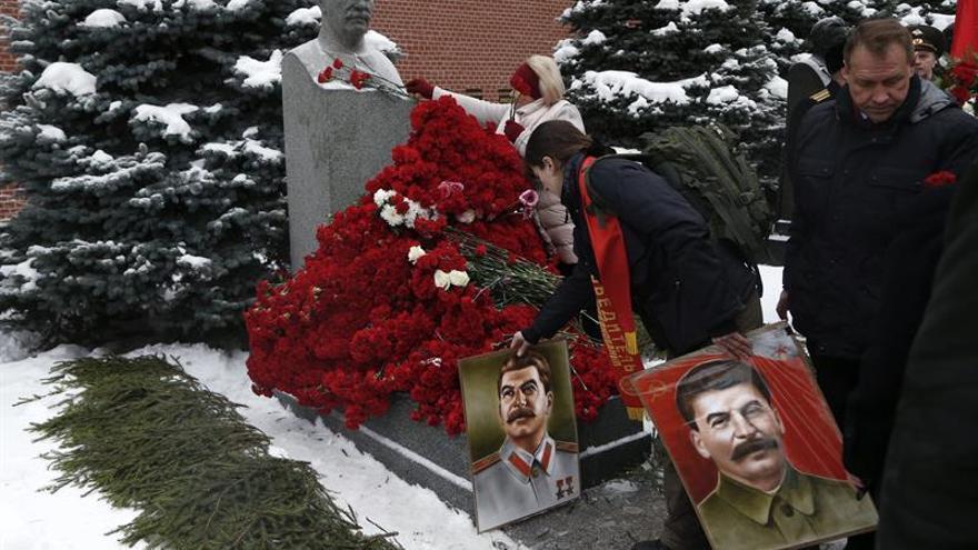 Sheila Fitzpatrick escarba en el núcleo de colaboradores que rodeaba a Stalin