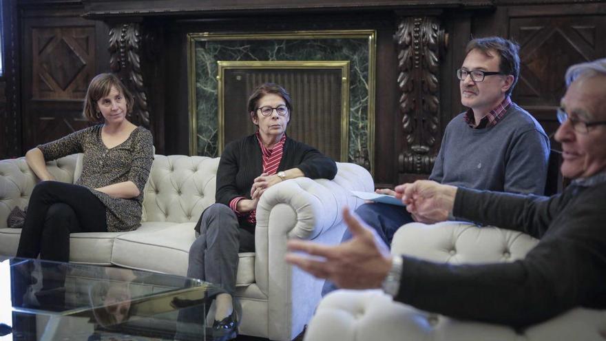 El alcalde de Valencia, Joan Ribó, reunido con los y las responsables de Movilidad de los distintos ayuntamientos