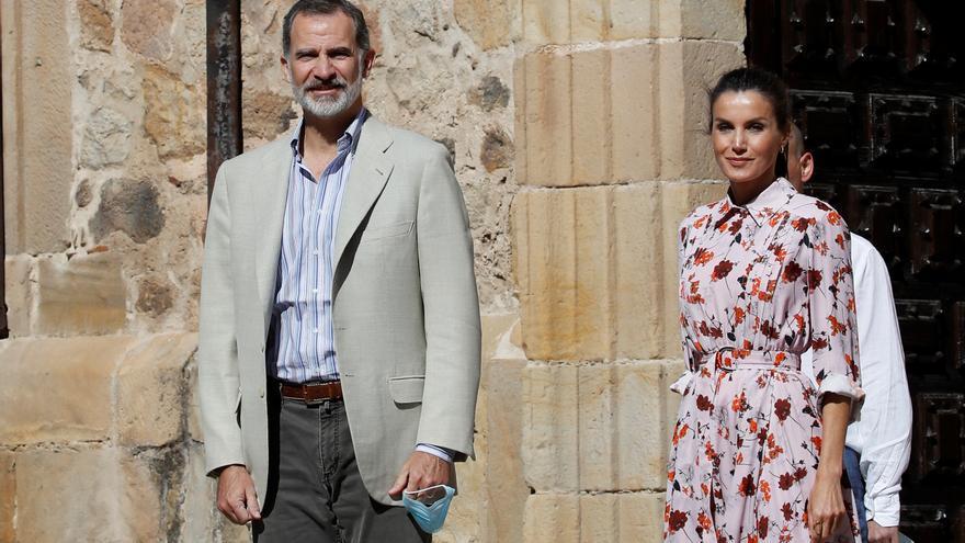 Los reyes inician su visita a Vinuesa con una reunión sobre el reto demográfico