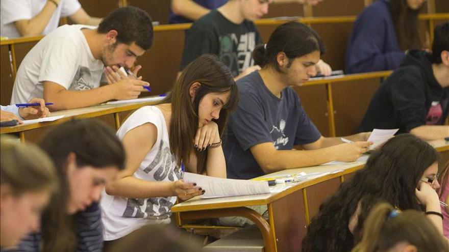 El gasto por alumno universitario cae un 16,5 por ciento en cuatro cursos, según CCOO