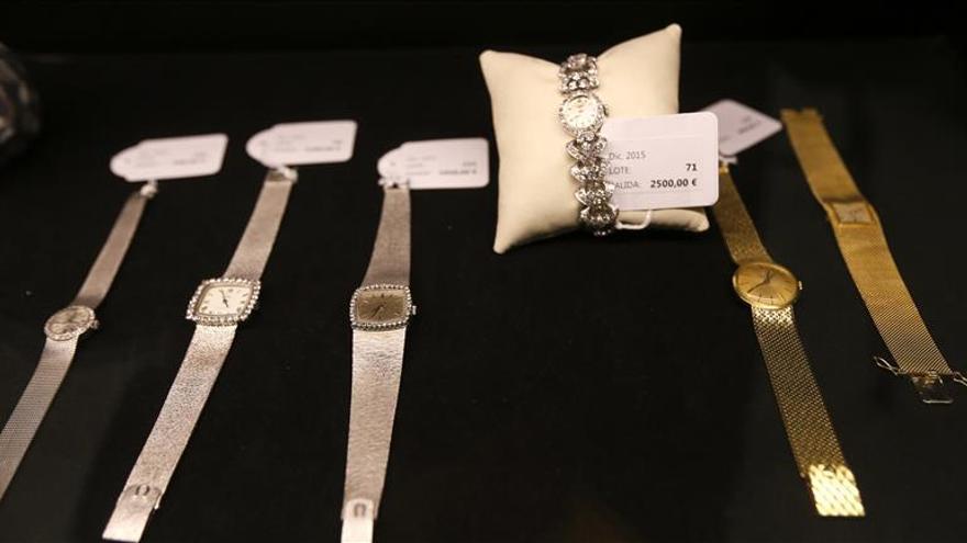 Diamantes, zafiros y otras joyas para celebrar 313 años del Monte de Madrid