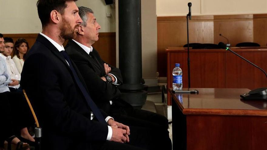 Lionel Messi durante su declaración en el Palacio de la Justicia de Barcelona.
