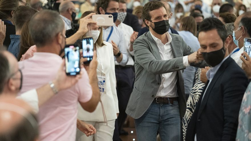 The PP abandons the campaign against pardons after the fiasco of the collection of signatures