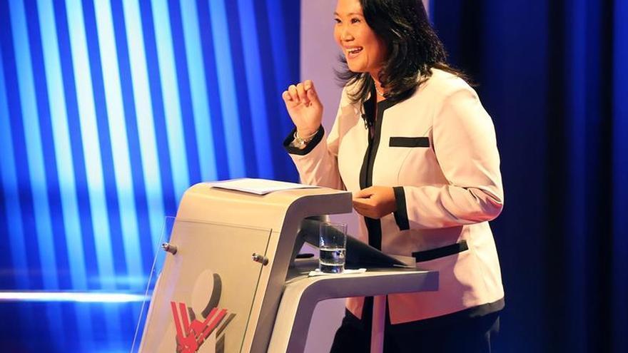 Nuevo sondeo ratifica la ventaja de Keiko Fujimori con miras a la elección en Perú