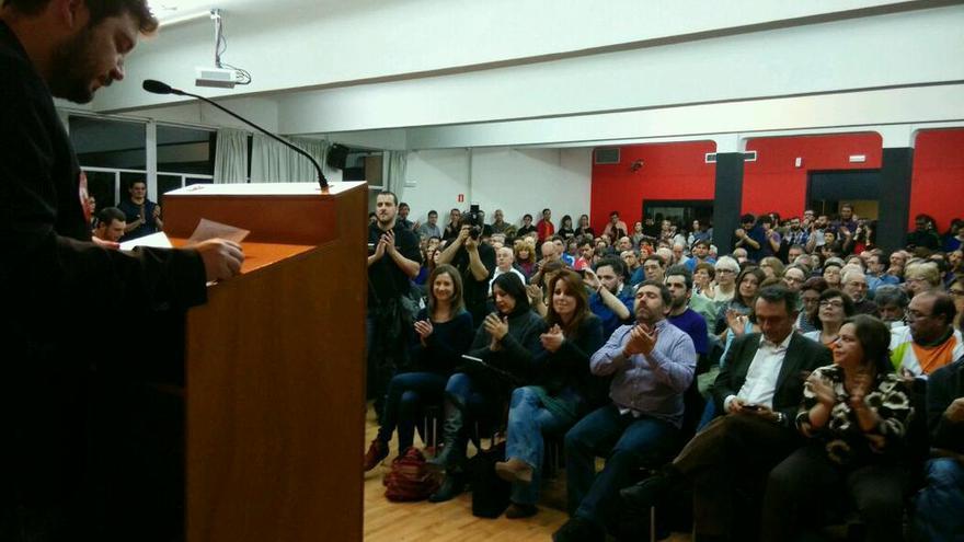 El secretario general del PCM, Álvaro Aguilera, en el acto de Cambiar Madrid en el Círculo de Bellas Artes de Madrid, el 20 de febrero de 2015. / @CambiarMadrid_