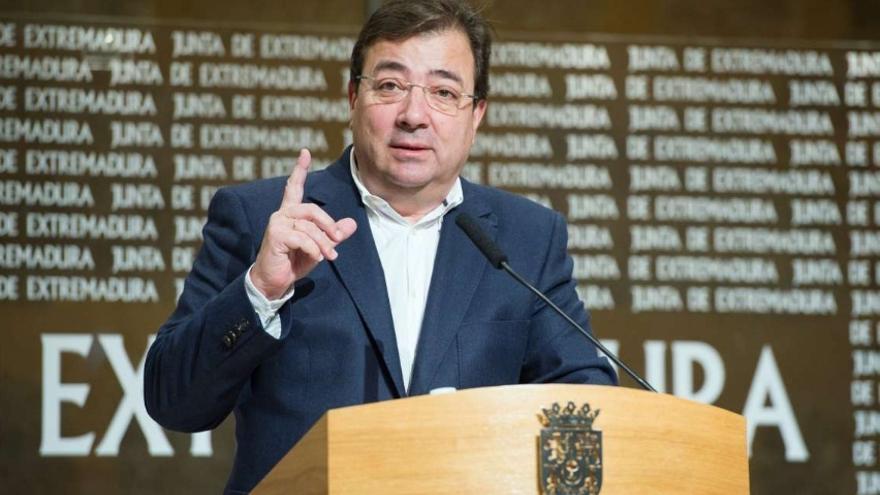 Guillermo Fernández Vara / Junta
