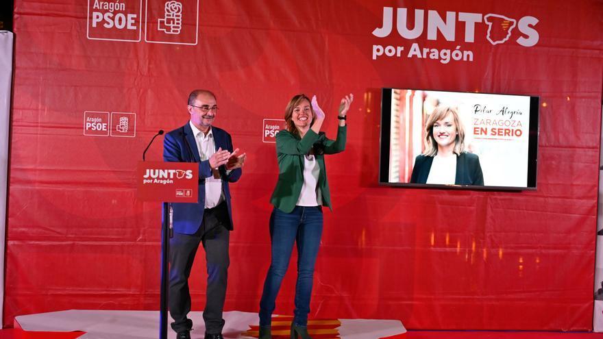 Javier Lambán y Pilar Alegría en el acto de inicio de campaña