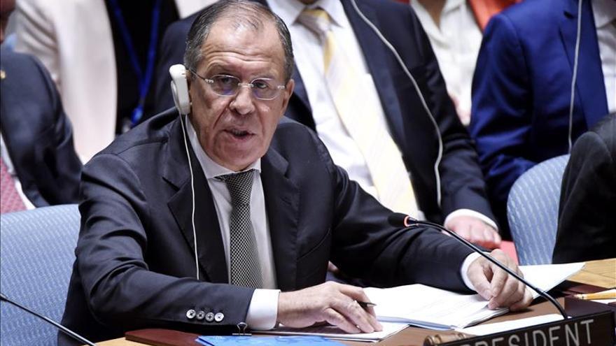 Rusia pide coordinar operaciones contra el EI y presentará una resolución