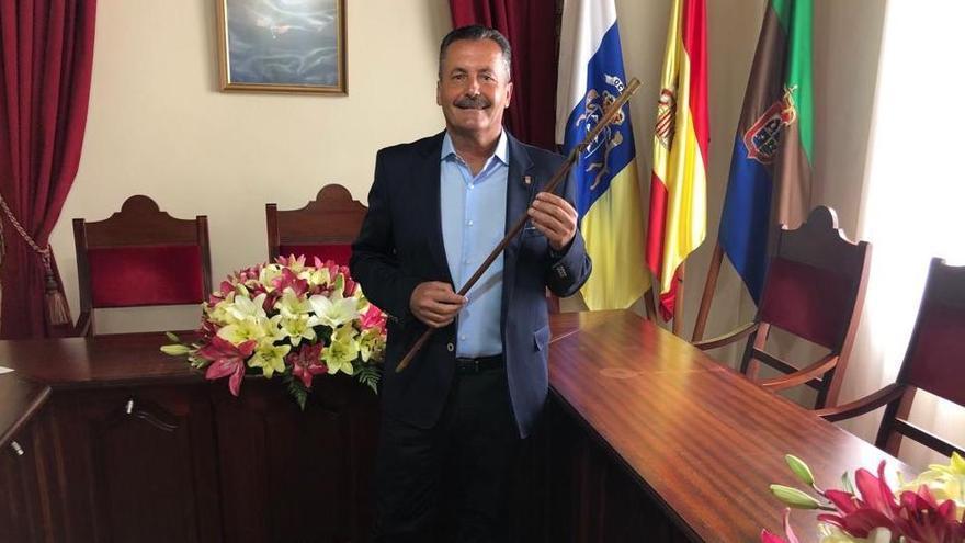 Toma de posesión de Vicente Rodríguez en Puntagorda.