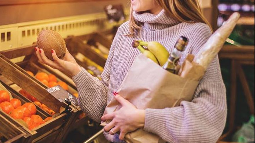 Imagen promocional de Lola Market sobre sus 'personal shopper'