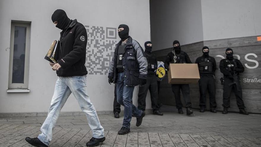 Italia expulsa a un tunecino relacionado con el yihadista de Berlín