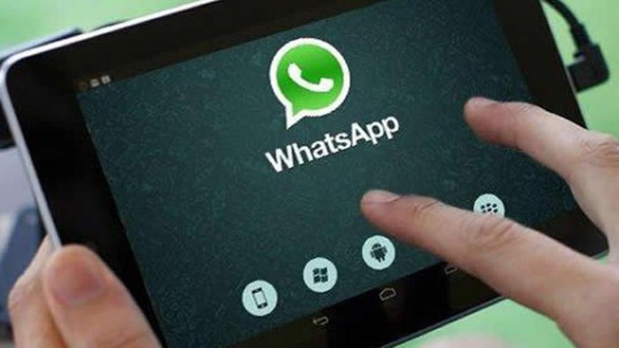 Las parejas celosas tienen en el whatsapp un enemigo.