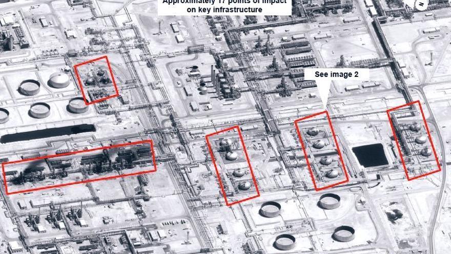 Imagen vía satélite difundida por el Gobierno de EEUU con las zonas dañadas por el ataque a Abqaiq.