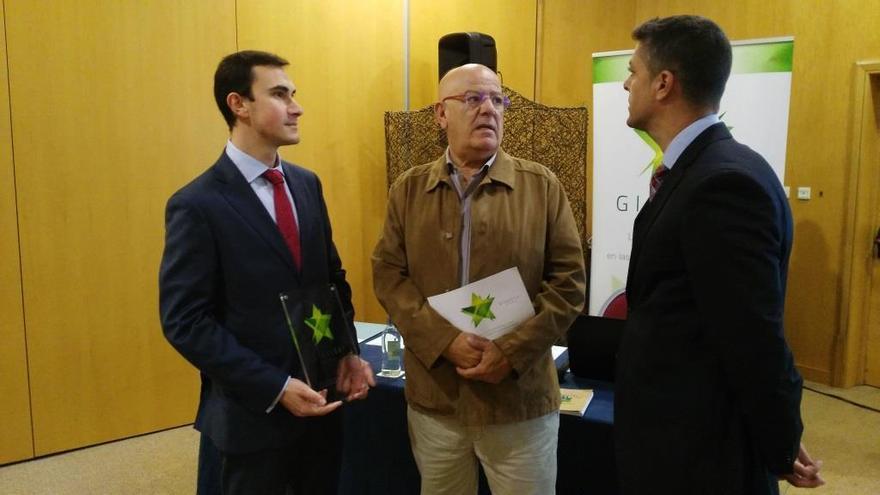 Los hoteleros de Fuerteventura y Ecovidrio colaboran para fomentar el reciclado de envases
