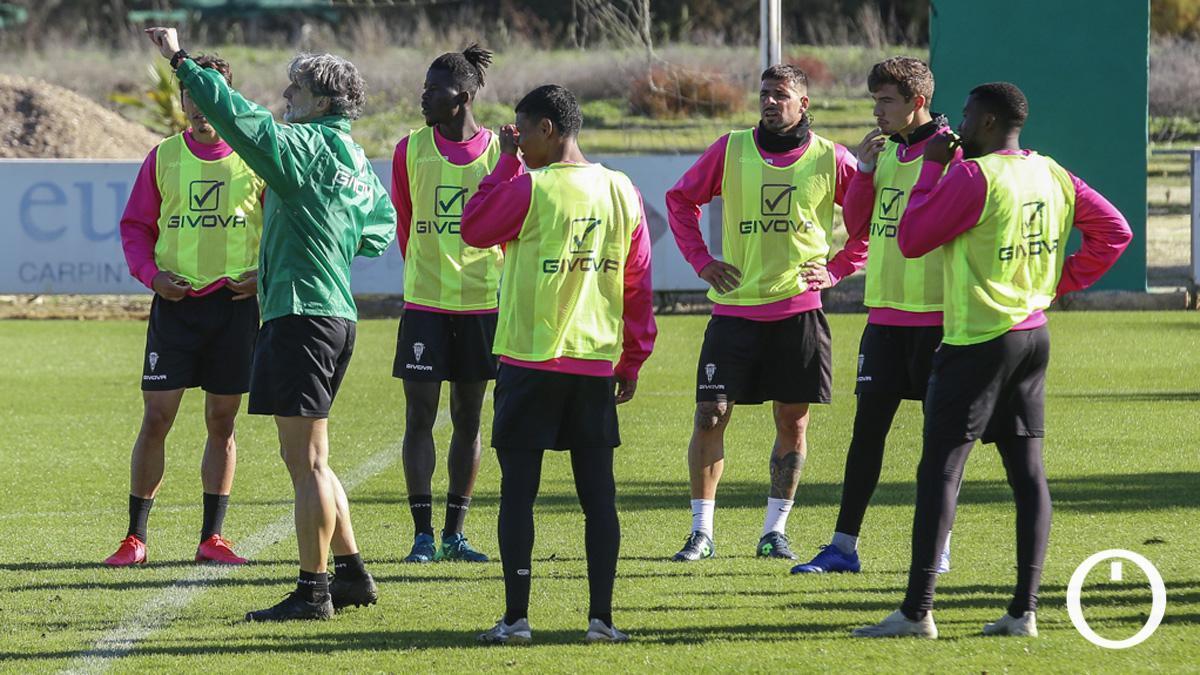Jugadores del Córdoba durante un entrenamiento
