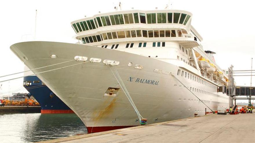 Más de 250 pasajeros de un crucero británico enferman de gastroenteritis en EE.UU.