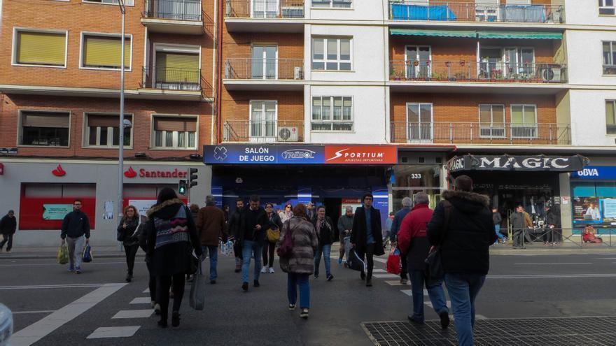 Local de apuestas en Bravo Murillo, a la salida del metro de Valdeacederas