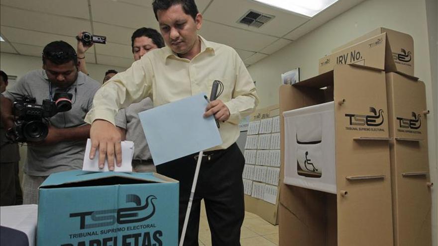 El nuevo presidente salvadoreño debe buscar unidad ante los principales problemas