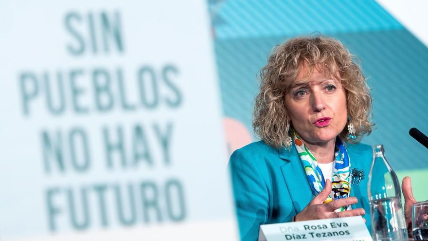 """Díaz Tezanos apuesta por una """"mirada feminista"""" para abordar el reto demográfico"""