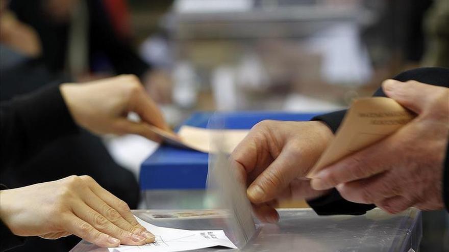 PP y Zaragoza en Común igualados con 9 concejales en Zaragoza, al 90,9%