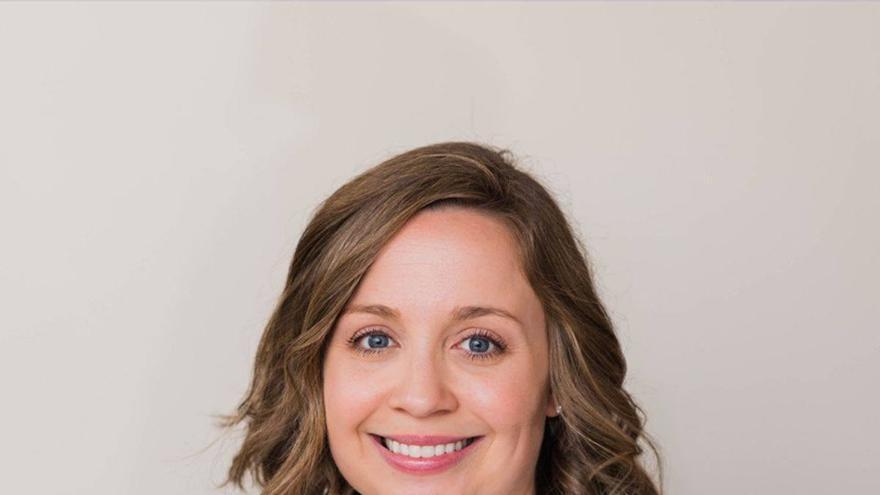 La alcaldesa Emily Marburger recién anunció su candidatura como diputada al Congreso.