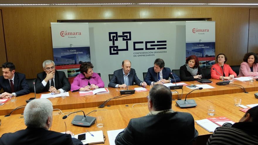 """Rubalcaba (PSOE): """"Yo tuve un debate con Rajoy hace cuatro años y no dijo ni una verdad"""""""