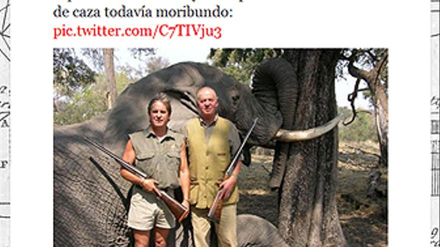 Imagen en twitter del rey junto a un elefante abatido en un safari. (@BLUEELEPHANT/TWITTER)