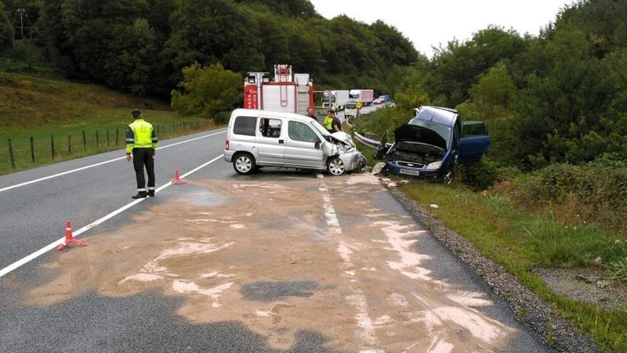 Una mujer muerta y tres heridos graves en un accidente en Arraitz (Navarra)