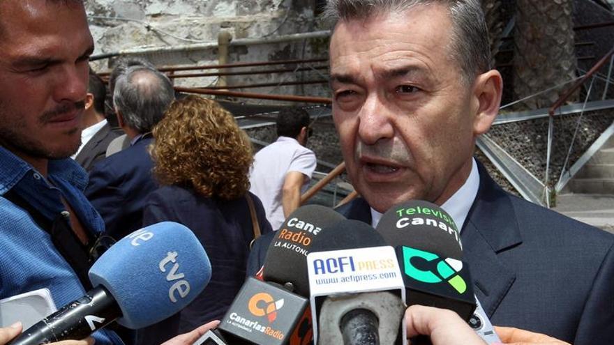 El presidente del Gobierno de Canarias, Paulino Rivero (CC). (EFE/Elvira Urquijo A).