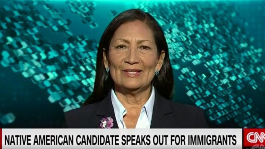 Deb Haaland pertenece a la tribu Pueblo de Laguna y quiere llegar al Congreso de EEUU / CNN
