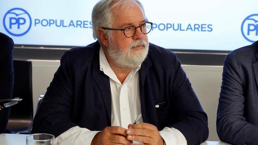 Arias Cañete elude hablar del nombramiento de Soria en el Banco Mundial