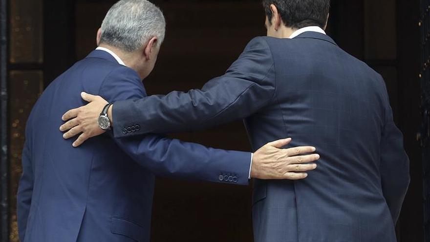 Tsipras y Yildirim mejoran el clima personal pero mantienen diferencias de fondo
