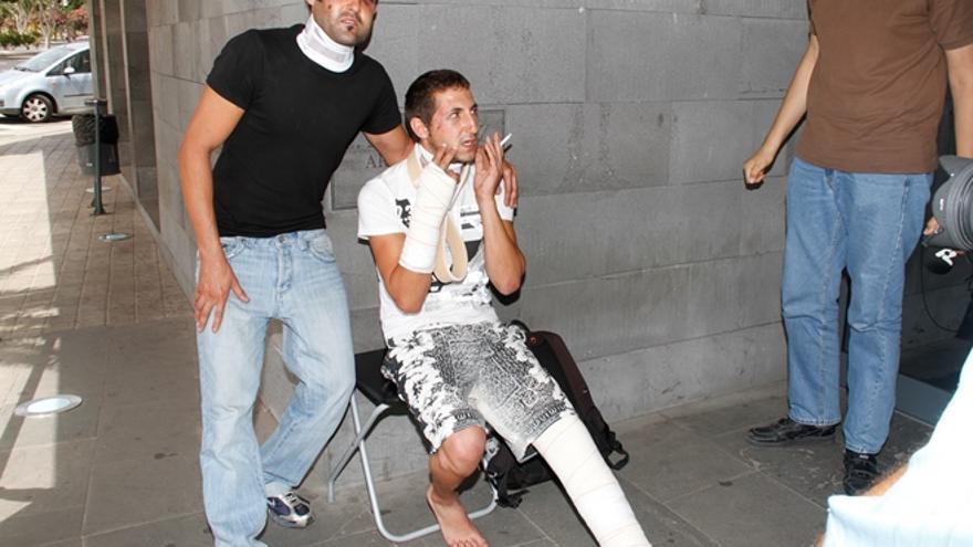 Los dos jóvenes presuntamente torturados por la Policía (DIARIO DE LANZAROTE)