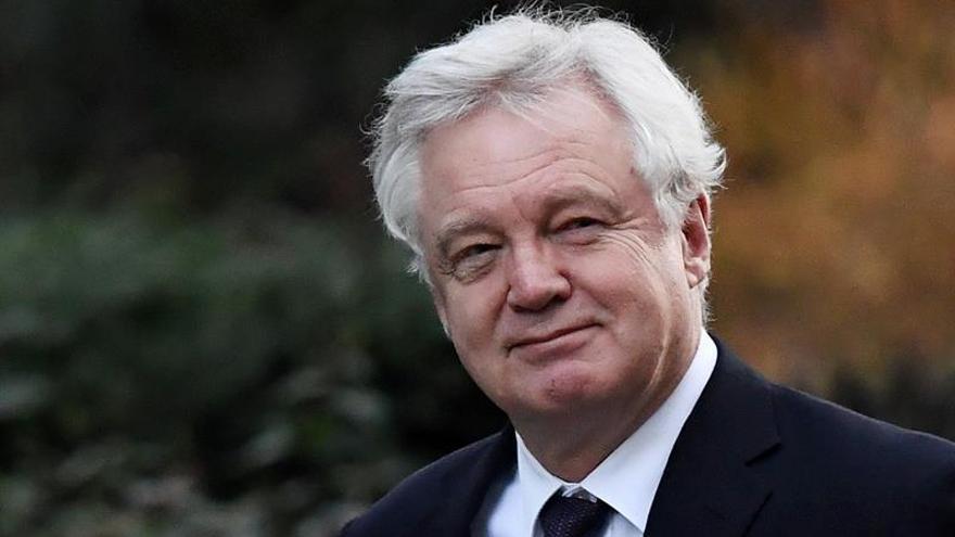 Davis quiere que las negociaciones con la UE terminen en marzo de 2019