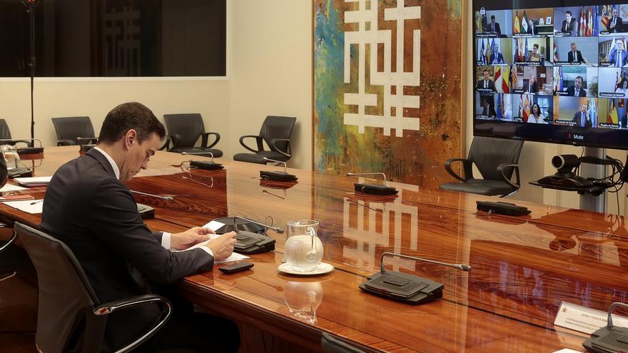 Pedro Sánchez, durante su reunión de este domingo con los presidentes autonómicos.