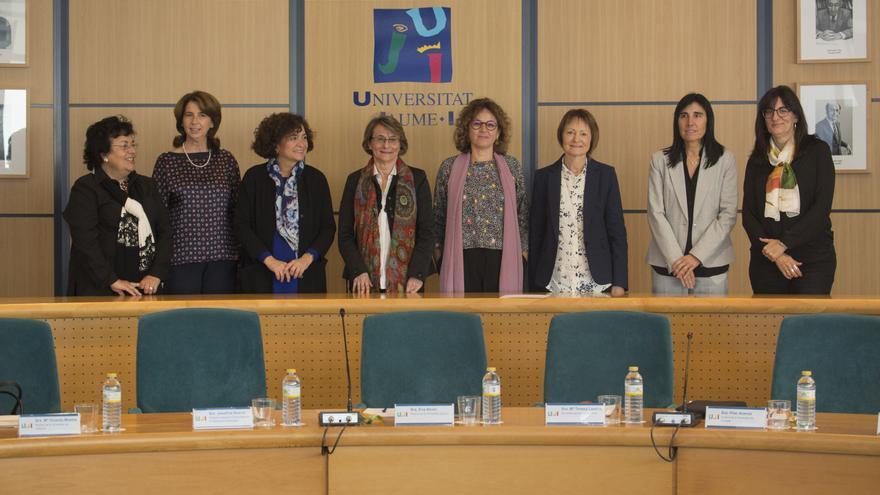 Las siete rectoras de universidades públicas al finalizar su primera cumbre en Castellón