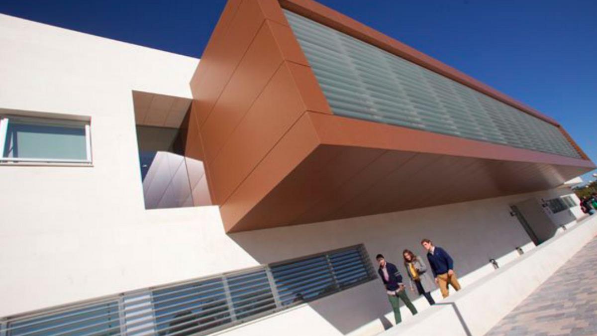 lUniversidad Loyola Andalucía en Córdoba.