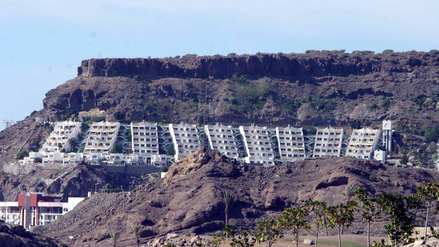 Complejo del Grupo Anfi en la playa de Tauro, en Gran Canaria.