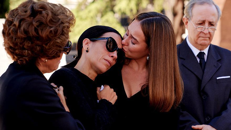 Itziar Miranda y Paula Usero en 'Amar es para siempre'