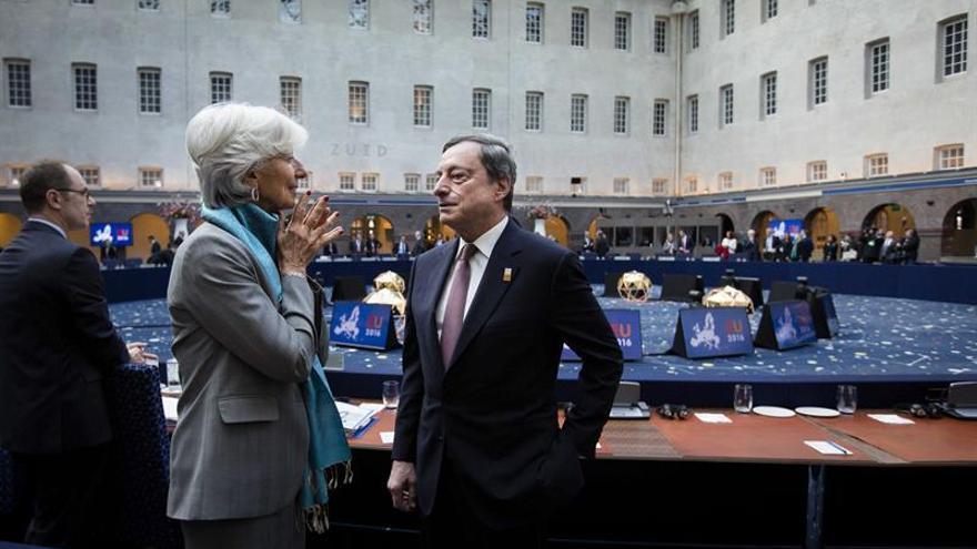"""Empresas, gobiernos y bancos centrales llaman a la calma tras el """"brexit"""""""