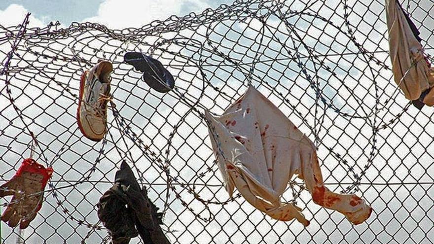 Valla en la frontera de Melilla. (C) Prodein
