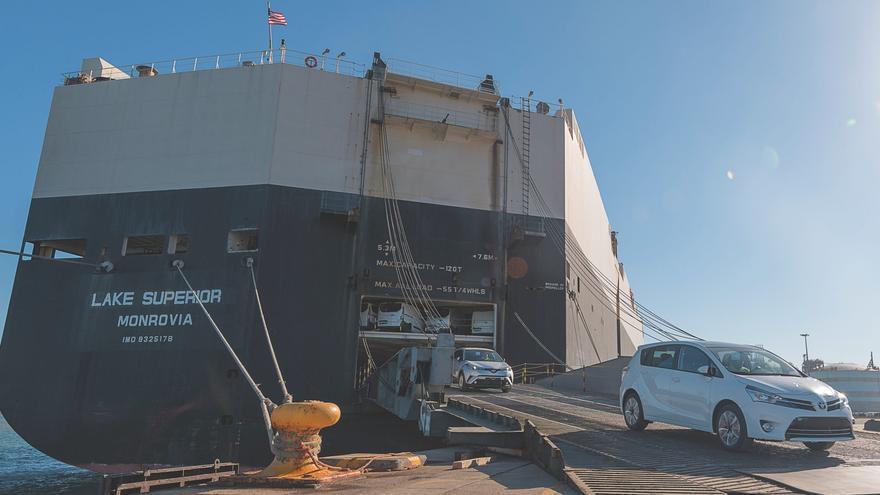 El transporte de vehículos de la APV se especializa en el puerto de Sagunt
