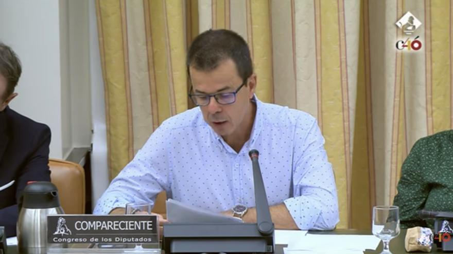 Federico Sosa durante la comparencia en la Comisión de Investigación del accidente de Spanair.