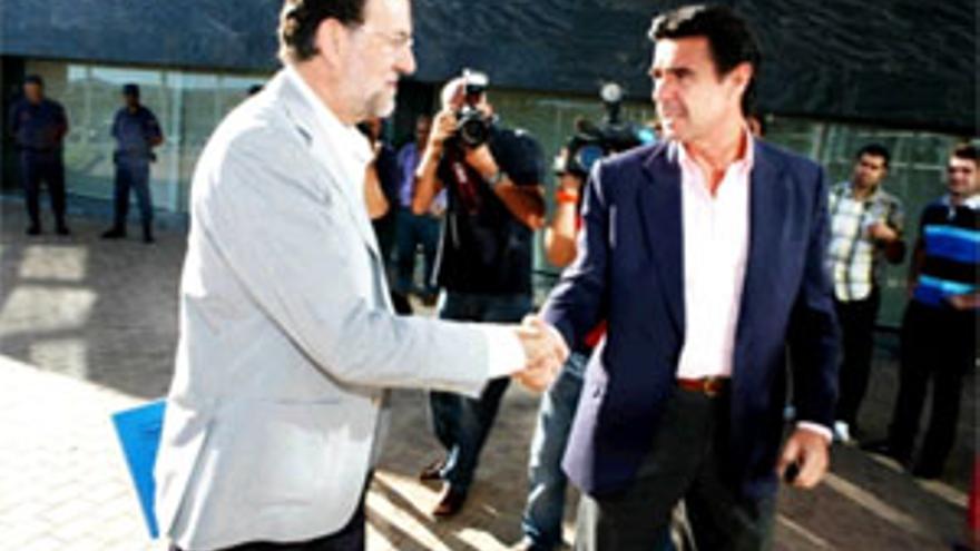 Mariano Rajoy y José Manuel Soria. (ACFI PRESS)
