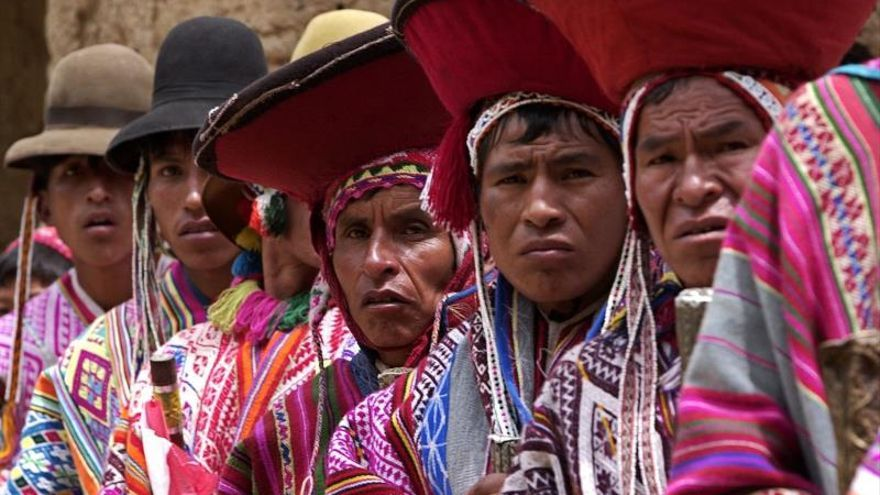 El aislamiento social desata un inusitado interés por el quechua en Perú