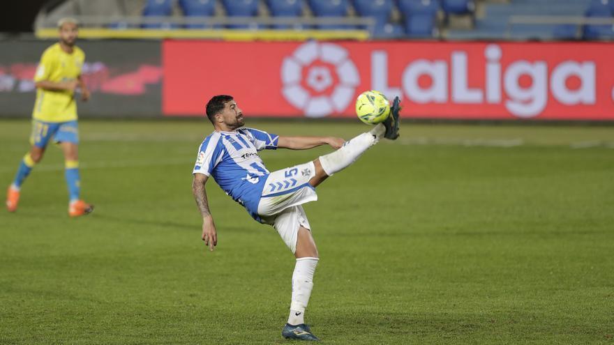 Alberto y Javi Alonso se reincorporan a los entrenamientos del CD Tenerife