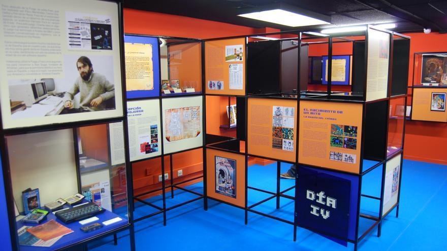 La exposición dedicada al videojuego español 'La abadía del crimen' en la UPM