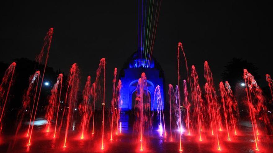 El Festival Filux tiñe la Ciudad de México de luz y color